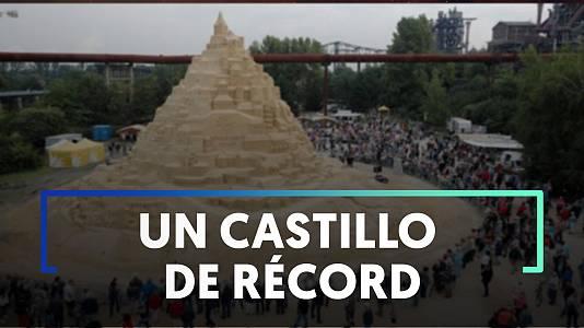 Baten un nuevo récord Guinnes en el concurso internacional de esculturas de arena