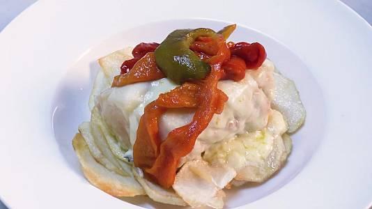 Bacalao confitado con pimientos, patatas y queso Arzúa- Ulloa