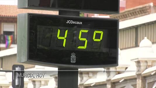 Temperaturas significativamente altas en el extremo sudeste peninsular, Málaga, Baleares y Canarias, con temperaturas que localmente pueden llegar a 43-44 grados en Valencia, Alicante y Murcia