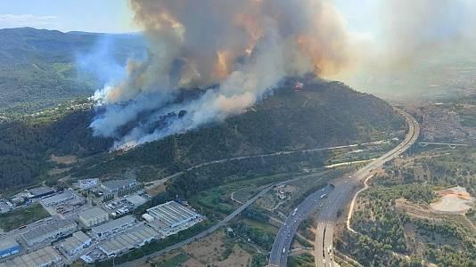 Declarado un incendio en el municipio barcelonés de Castellví de Rosanes