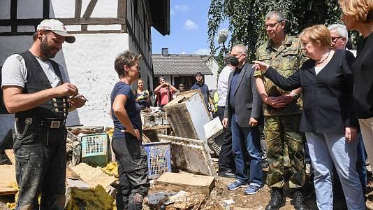 """""""Surrealista y terrorífico"""", así califica Merkel la devastación en las localidades más castigadas por las inundaciones"""