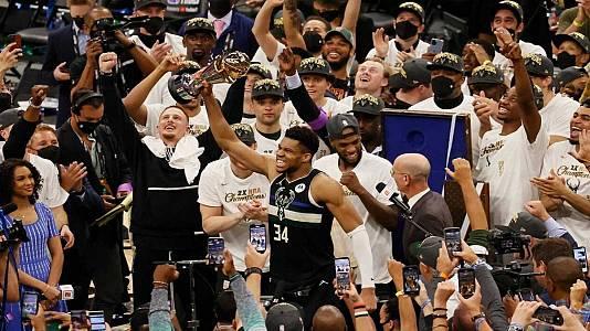 Los Bucks ganan el anillo de campeones de la NBA