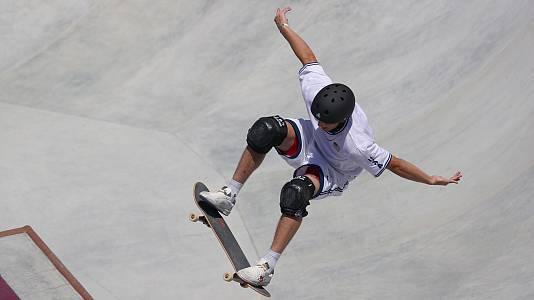 Así se hace el truco para levantar la tabla de skate