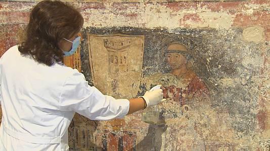 Murais de hai cinco séculos na igrexa de Santo Estevo de Ribas de Sil