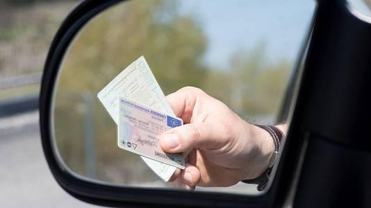 Mil euros por un carnet de conducir falso