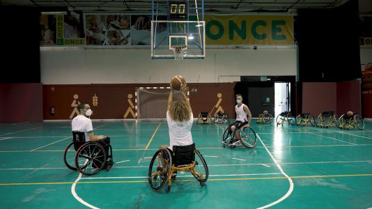 Cómo entrenan nuestros jugadores de baloncesto paralímpicos