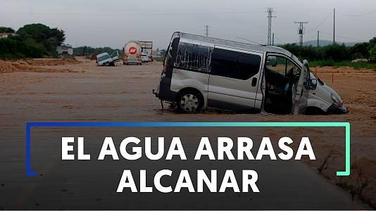 Las fuertes lluvias inundan Alcanar