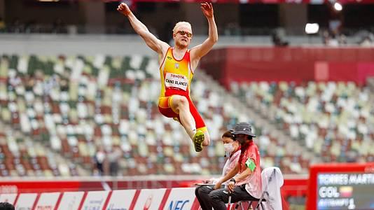 Atletismo: Salto de longitud T13 con Iván Cano