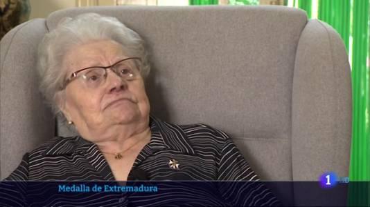 La matrona 'Josefita', recibirá la Medalla de Extremadura a sus 97 años