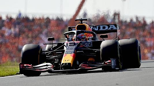 Verstappen se pasea con su monoplaza por Palermo antes del GP de Italia
