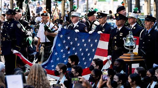 Nueva York rinde homenaje a las víctimas del 11-S veinte años después de los atentados