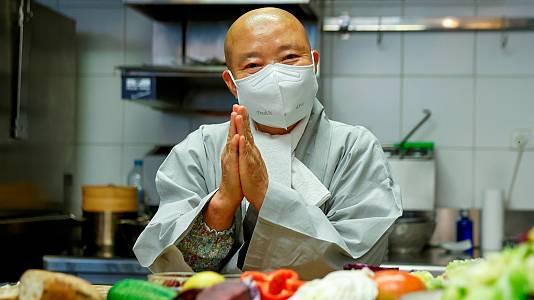 Una monja budista conquista a los chefs mundiales con sus platos respetuosos