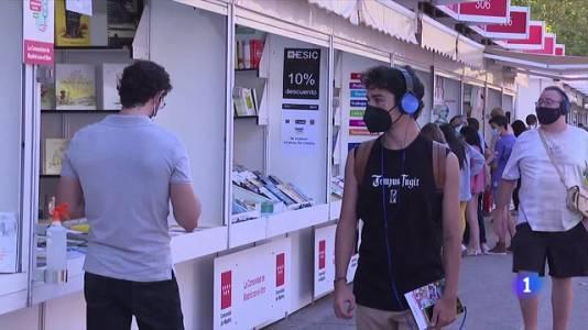 La Feria del Libro recupera su ambiente en pandemia