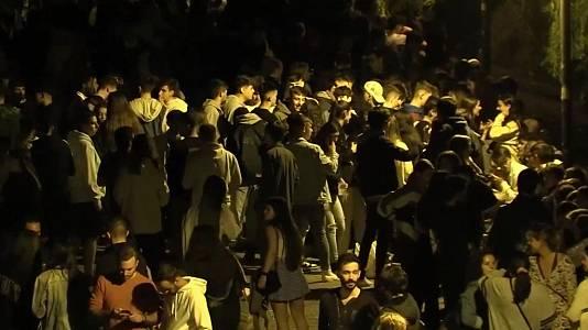 Aglomeraciones en Madrid y Barcelona en botellones en fiestas universitarias