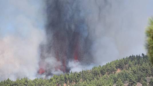 """La erupción se ha producido por """"una fractura en el terreno"""""""