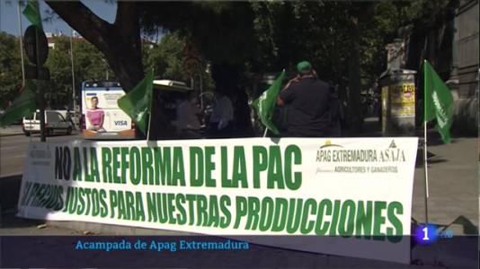 Acampada de Apag Extremadura frente al Ministerio de Agricultura