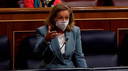 Calviño acusa al PP de oponerse a las medidas para abaratar la energía