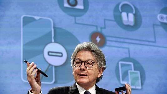 Bruselas propone un cargador universal para todos los móviles, tabletas o auriculares
