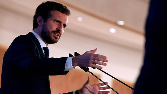 """Casado pide a Sánchez que """"se comprometa a no indultar"""" a Puigdemont  si el Supremo decide condenarlo"""