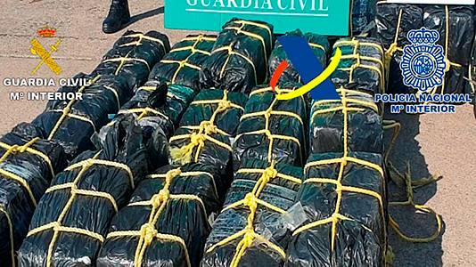 Intervenidos 1.200 kilos de cocaína en un velero frente a costas de Canarias