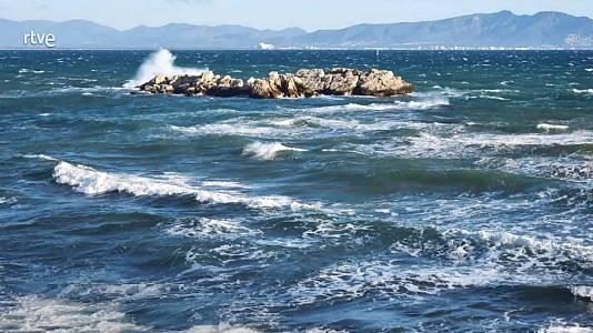 En Canarias, intervalos nubosos en el norte de las islas, con posibilidad de lluvias débiles