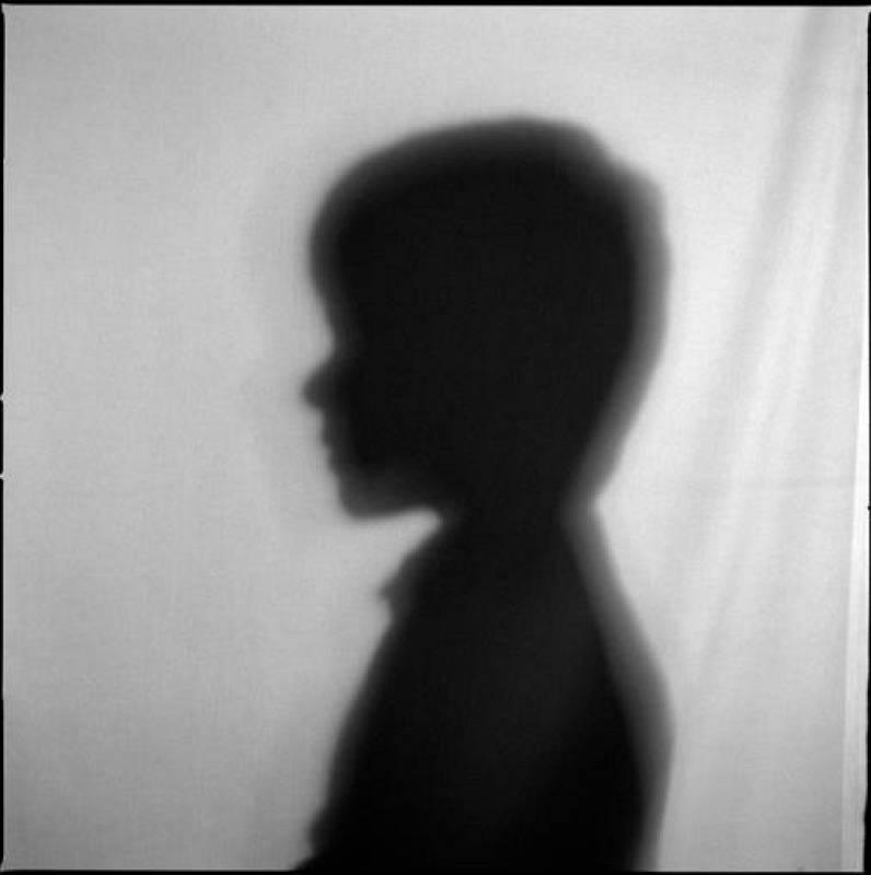"""Sin título, 2008. De la serie: """"Retratos de sombras"""""""