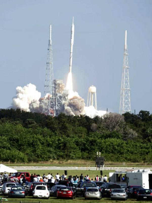 El cohete salió disparado desde la Rampa B39 del Centro Espacial Kennedy, y 120 segundos después alcanzó una altura de 39.600 metro