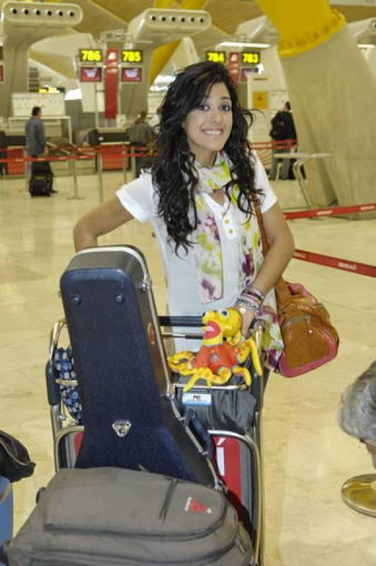 Lucía Pérez, candidata de España en Eurovisión 2011, ya está camino de Düsseldorf