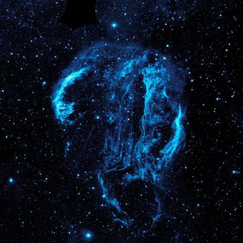 La imagen ultravioleta de la nebulosa Cygnus Loop captada por la NASA