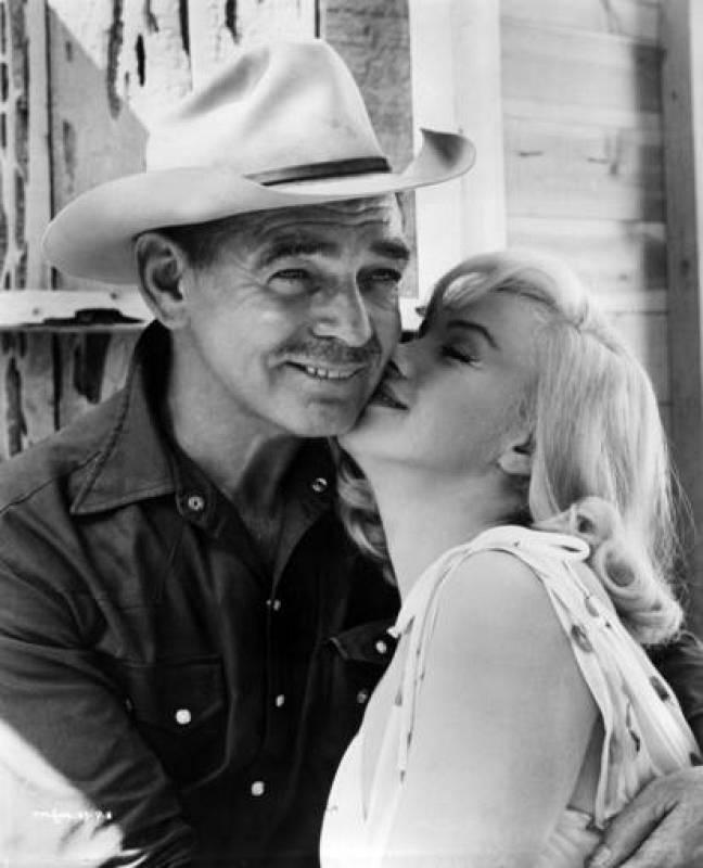 Marilyn Monroe y Clark Gable en 'Vidas rebeldes', 1961.