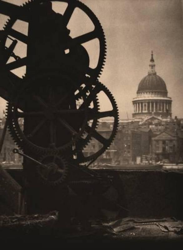 "Coburn, ""Saint Paul desde Bankside, Londres"" (1905)"