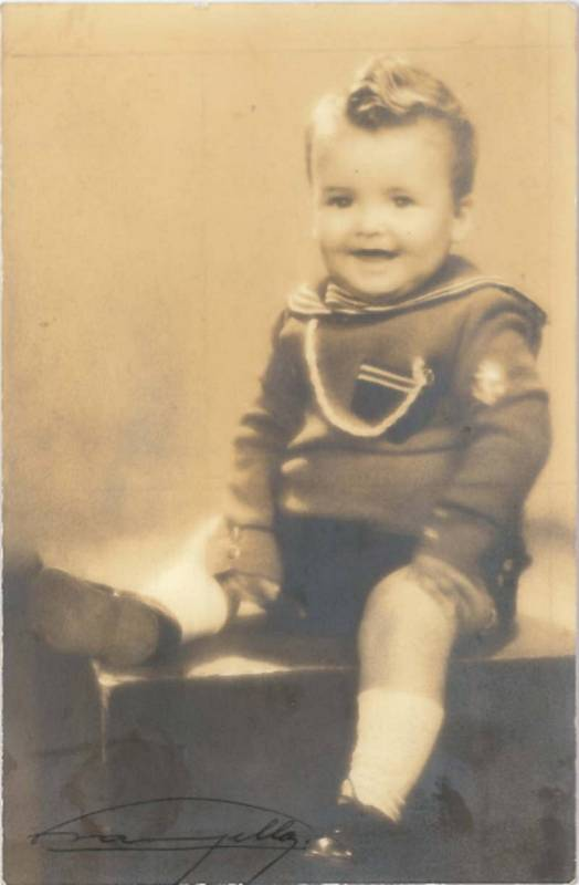 También Chicho Ibañez Serrador fue niño, como en esta imagen de 1936