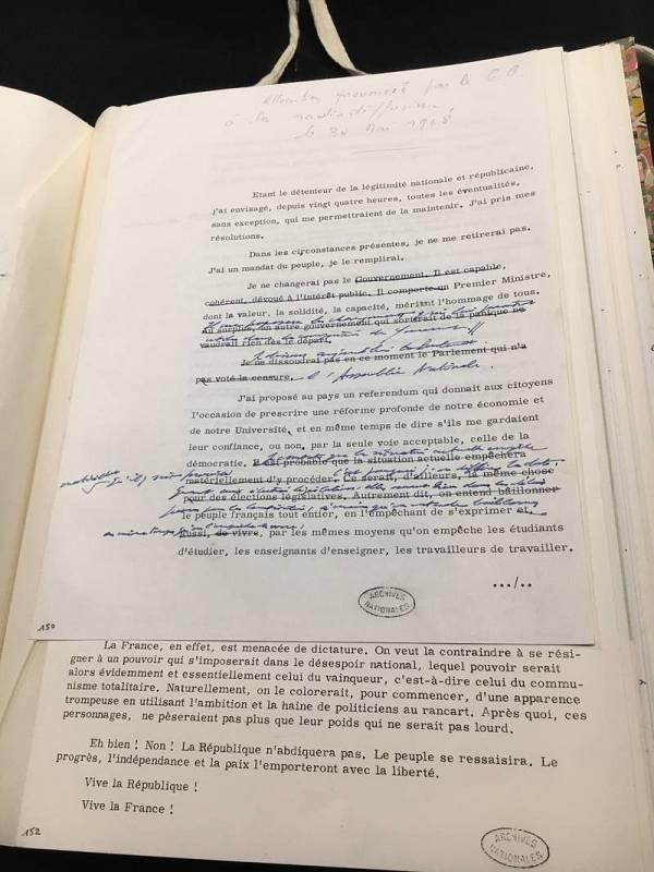 Versión con correcciones del discurso de De Gaulle a la nación francesa