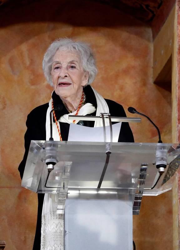 Ida Vitale durante el discurso que pronunció tras recibir el Premio de Literatura en Lengua Castellana Miguel de Cervantes 2018.