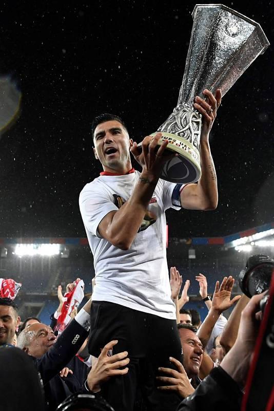 Fotografía de archivo, tomada el 18/5/2016, de JoséAntonio Reyes tras ganar con el Sevilla la UEFAEuropa League
