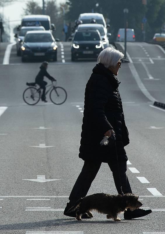Barcelona pone en marcha la Zona de Bajas Emisiones