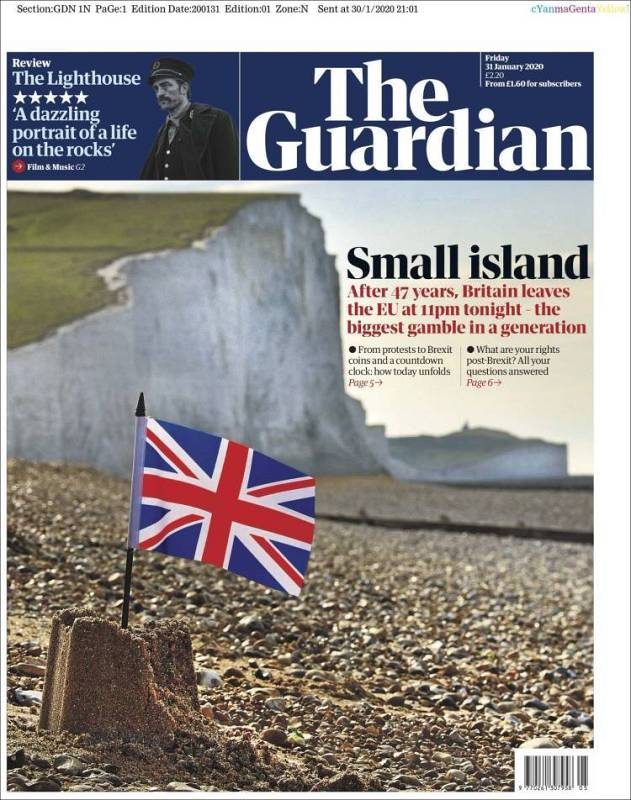 """La portada del diario The Guardian destaca que Reino Unido queda convertido en una """"pequeña isla"""" tras el Brexit y que esta es """"la mayor apuesta en una generación""""."""
