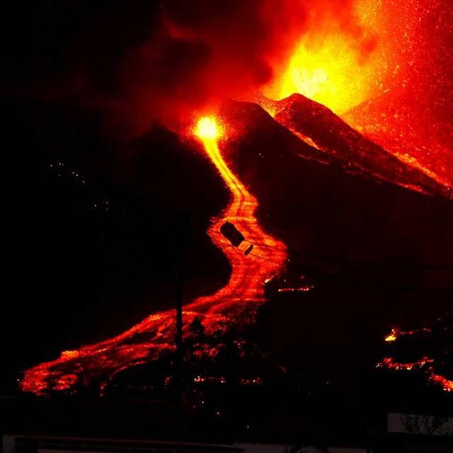 El volcán de La Palma sigue un proceso normal