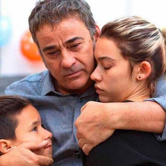 Belén Funes y Greta Fernández en la 'Hija del ladrón'
