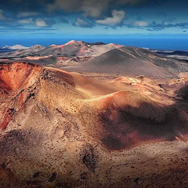 Tierra sin límites: Algunos enclaves volcánicos de España