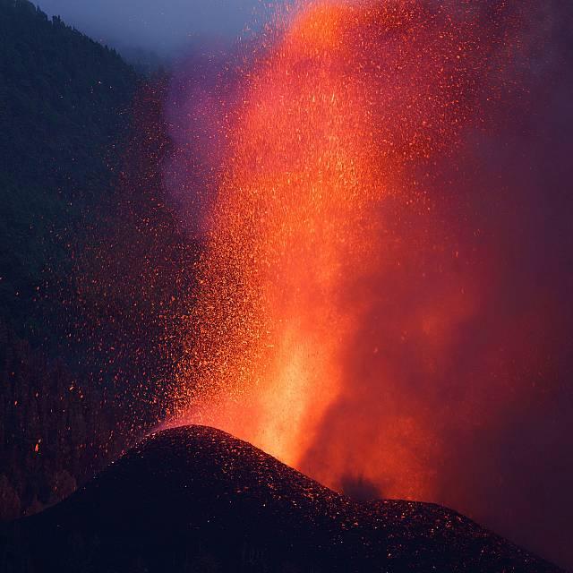 5.000 evacuados en la Palma a causa de la erupción volcánica