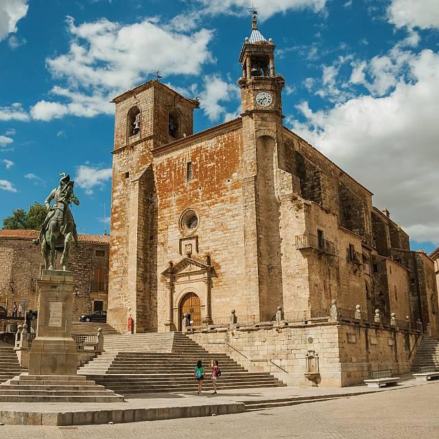 Experiencias turísticas únicas en la provincia de Cáceres