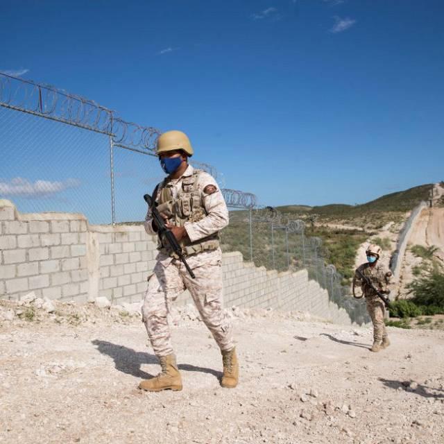 República Dominicana construirá un muro con Haití