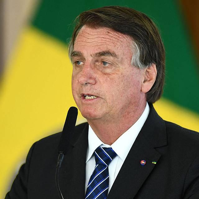 Jair Bolsonaro acusado de crímenes contra la humanidad