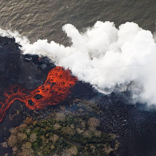 Cómo será la llegada de la lava al mar