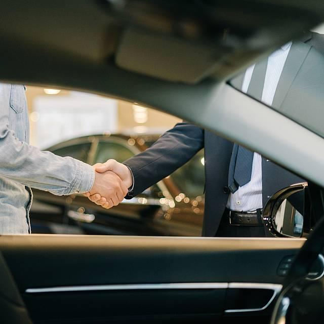 El sector del automóvil no encarcerá los precios