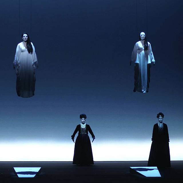 La obra de Marina Abramovich dirigida por Robert Willson