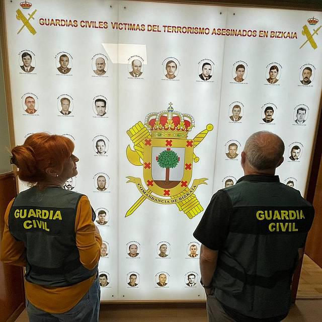 Guardias civiles, policías y ertzainas: diez años después
