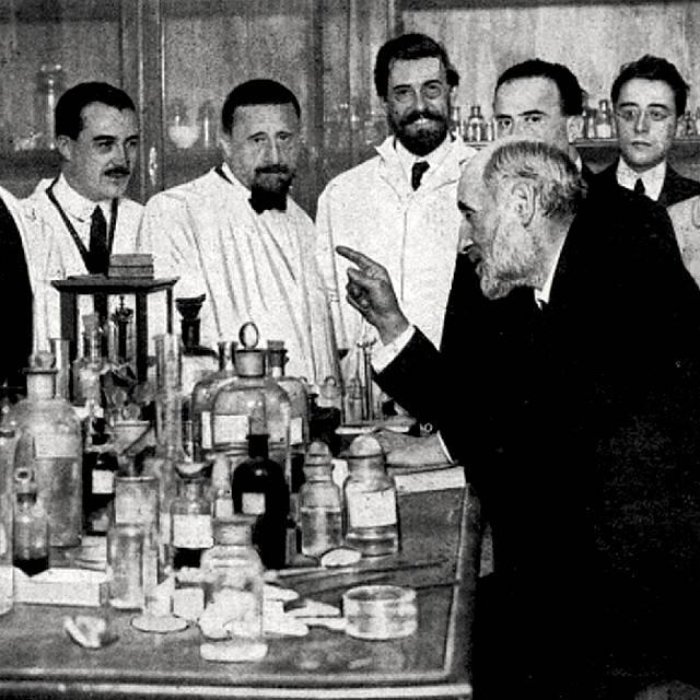 Ramón y Cajal: la Escuela Histológica y sus discípulos