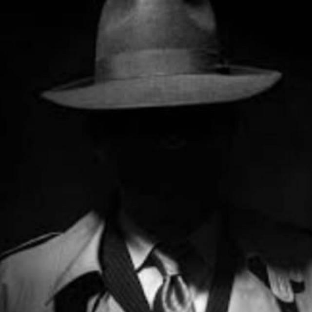 Espías en Andorra, dramaturgos en Lavapiés